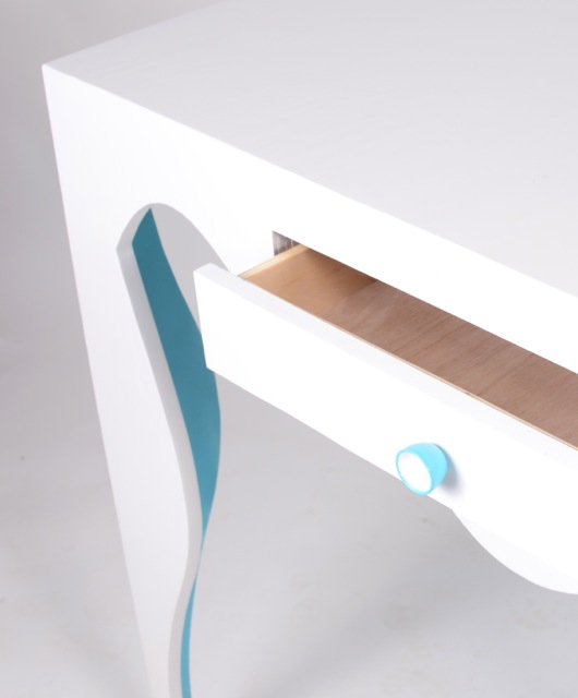 table white detail